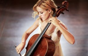 Open Air Konzerte mit Star-Cellistin Sol Gabetta