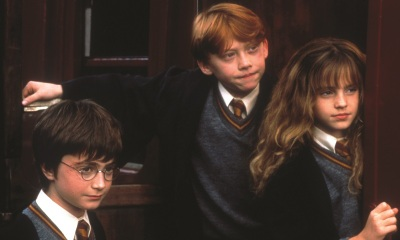 Harry Potter und der Stein der Weisen © Harry Potter Publishing Rights © J.K.R. Harry Potter characters, names and  related indicia are trademarks of and © 2001 Warner Bros. Ent. All Rights Reserved.